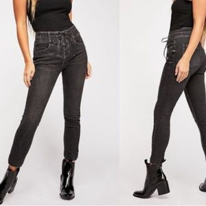 We The Free Black High Rise Skinny Jeans Size 30